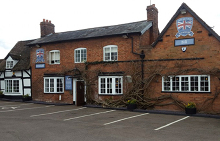 The Three Horseshoes 611 Alcester Road South, Wixford, Alcester, B49 6BG T: 01789 608016